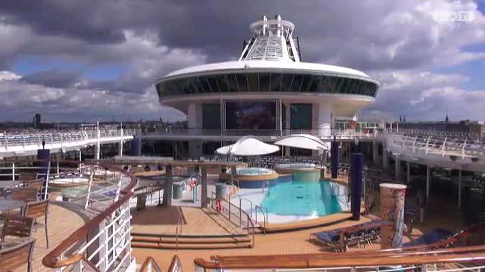 Videoartikkeli, IS vieraili Adventure of the Seas -aluksella