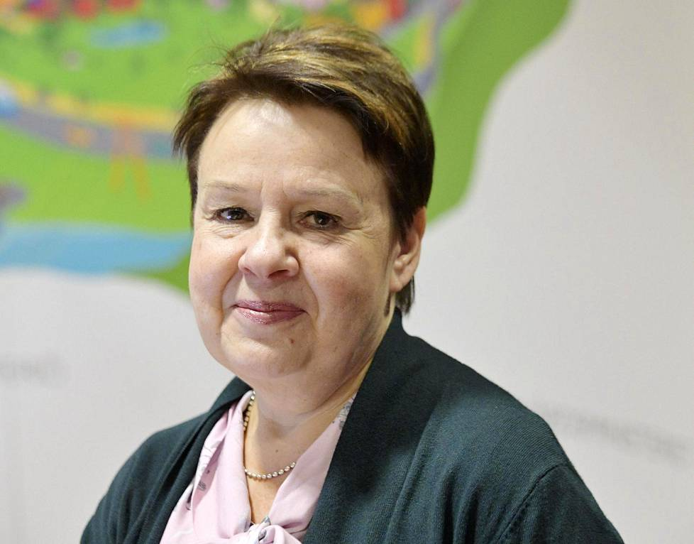 Kirsi Varhila aloittaa ensi kuussa STM:n ylimmässä virassa.
