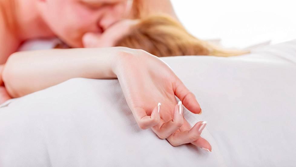 prostituutio kokemuksia mitä nainen haluaa sängyssä