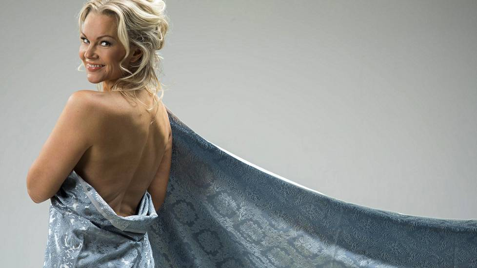 Portugalin Playboyssa poseeranneen Susanna Tannin avioero on loppusuoralla.