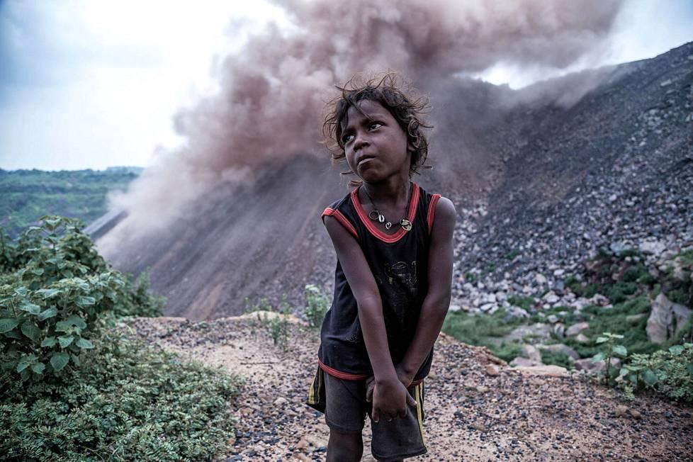 Kirous ja elämä. Kaivokset saastuttavat, mutta ovat monelle paikalliselle ainoa tulonlähde.