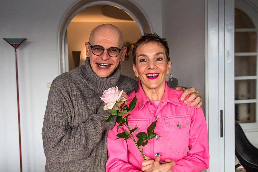 Jorma Uotinen ja Maria Veitola.
