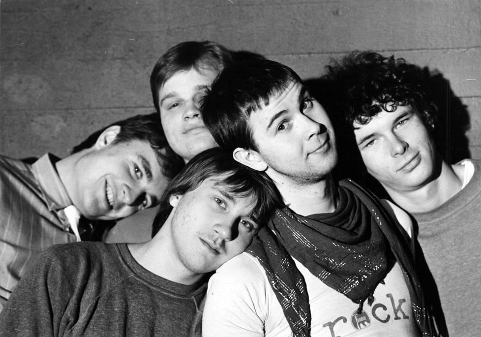 Yhtye vuonna 1985.