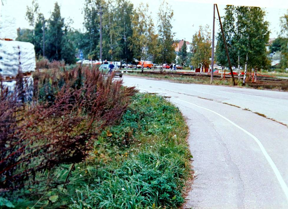 Mies kävi Marjon kimppuun Näsintien ja Kokonniementien risteyksessä Porvoossa.