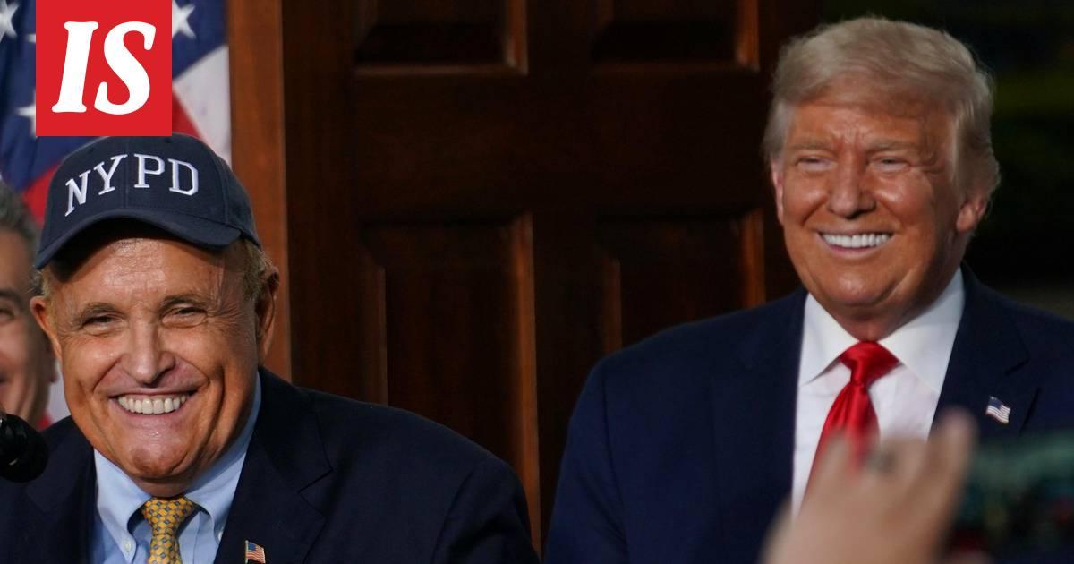 NYT: Rudy Giuliani keskustellut armahduksesta Trumpin kanssa
