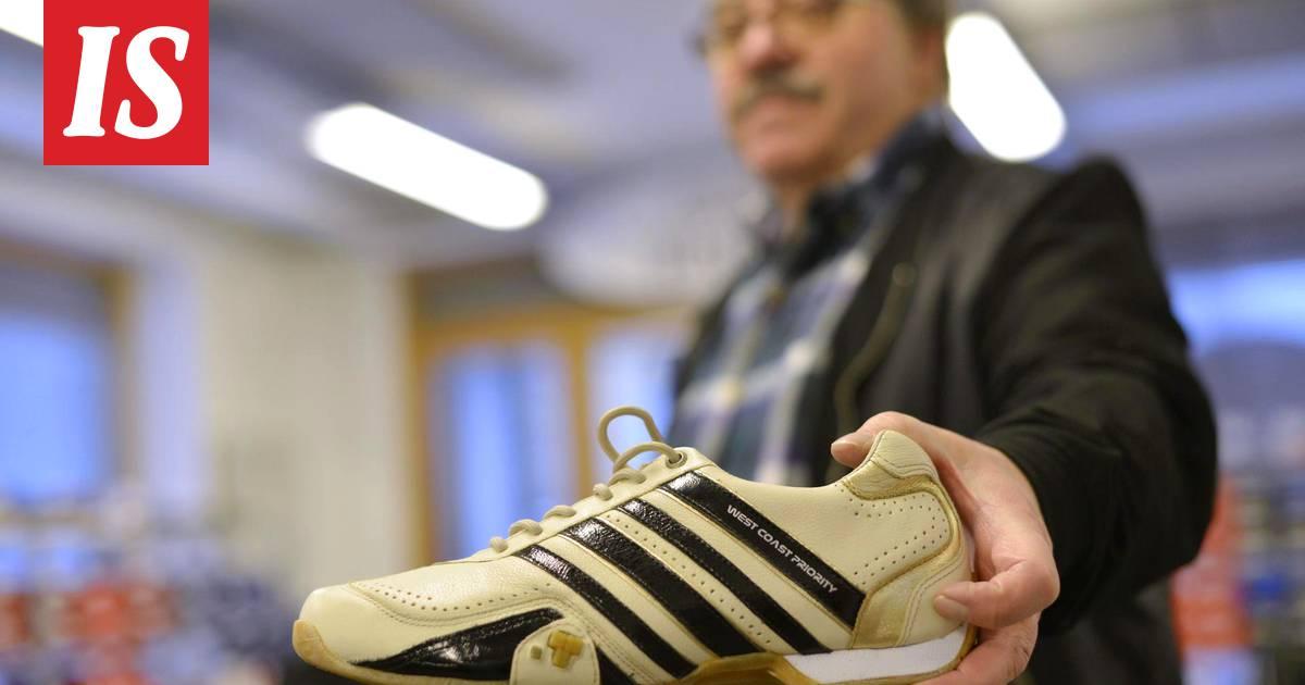 Adidaksen kanssa kenkien raidoista käräjöinyt yrittäjä vaati