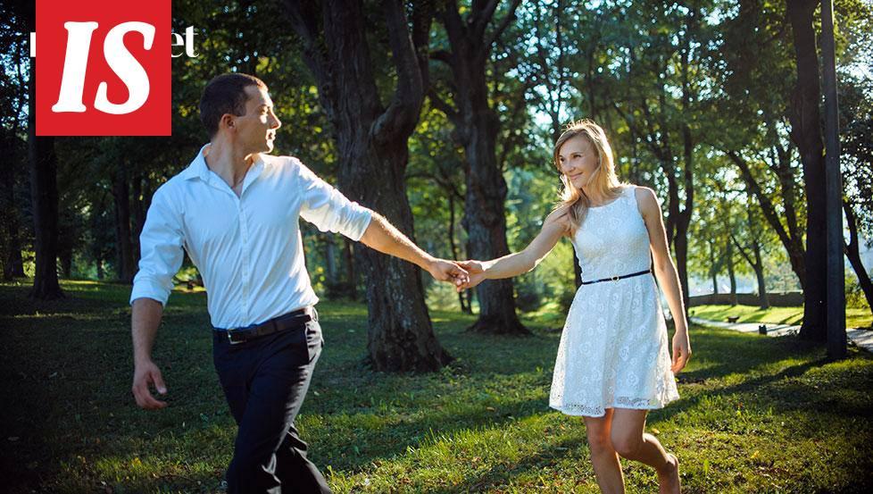 Talvi puisto dating Olen suuteli dating hyvästit koko eBook