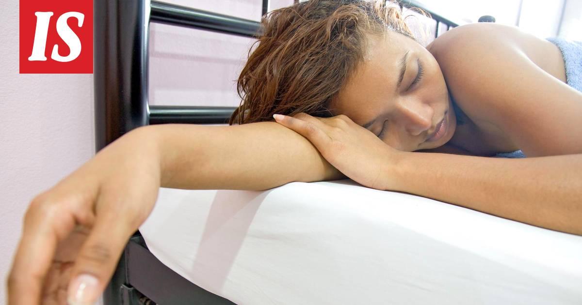 Nukkua teini seksiä