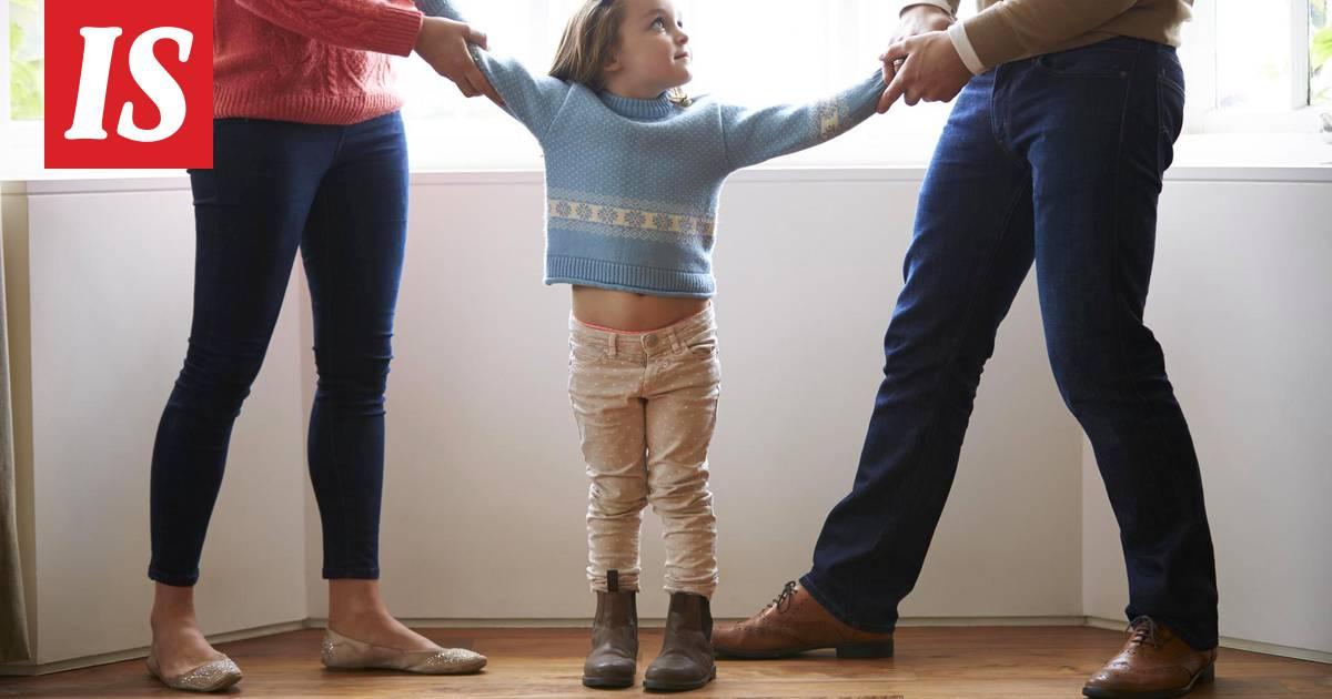 Äiti auttaa poika suku puolen tarinoita