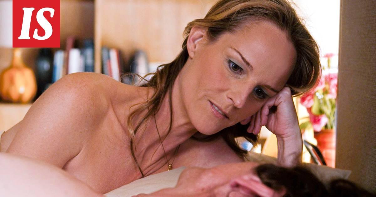 Ohhoh! 48-vuotiaan äitinsä löytäneen pornokätkön, jossa oli yli 400 videota.