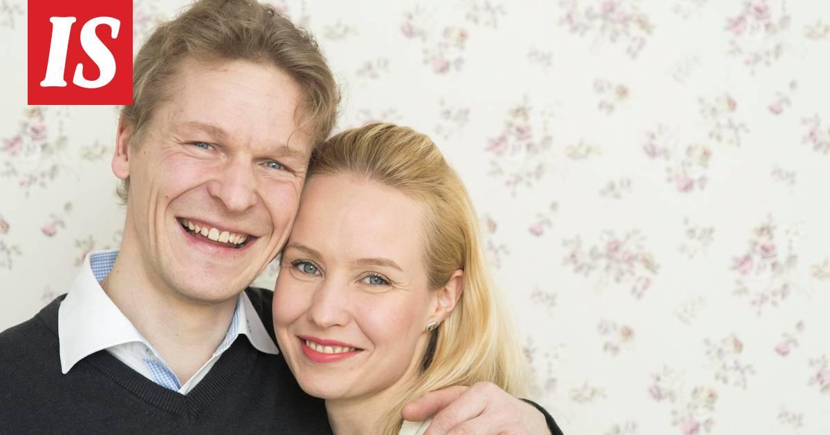 dating site tosiasiat pitäisi dating johtaa avio liittoon
