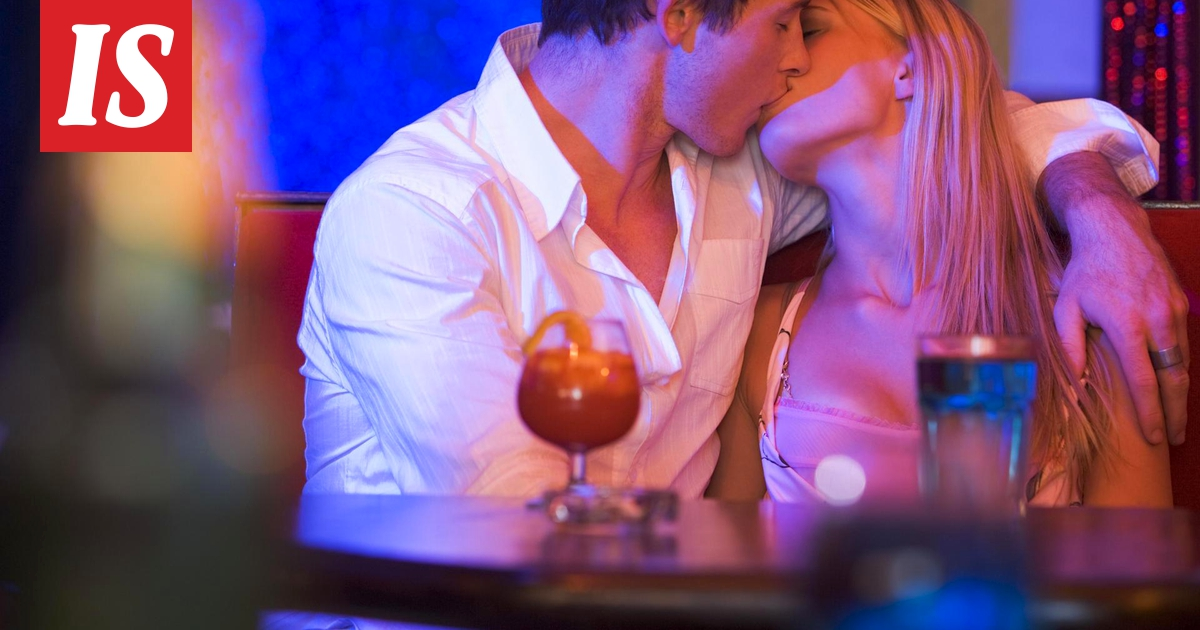 Dating risteily alus työn tekijä