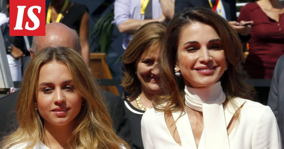 Angelina Jolie porno pillua