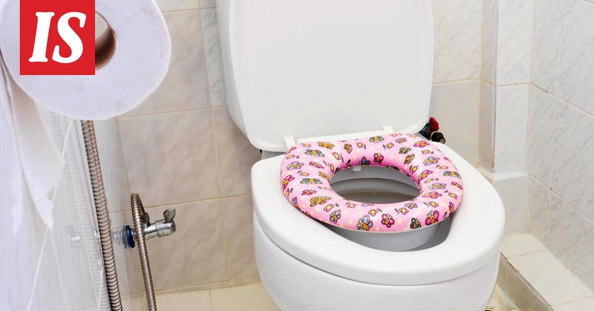 Äiti ja poika seksiä WC